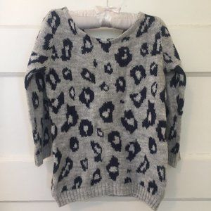 4/$25 - Super soft animal print sweater - size 24M